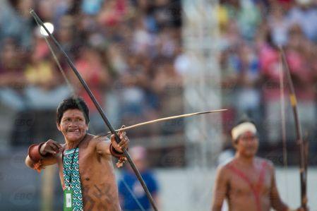 Palmas(TO) -Arqueiro da etnia Karajá Xambioá, que venceu a disputa do arco e flecha. ( Marcelo Camargo/Agência Brasil)
