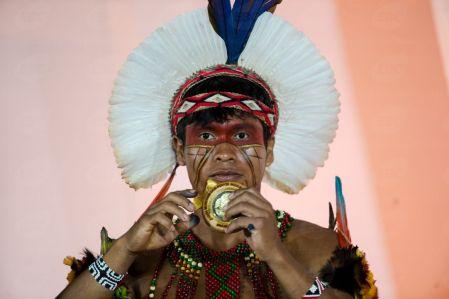 Palmas (TO) - Atleta Pataxó vence a prova de lançamento de lança nos Jogos Mundiais dos Povos Indígenas, em Palmas. ( Marcelo Camargo/Agência Brasil)